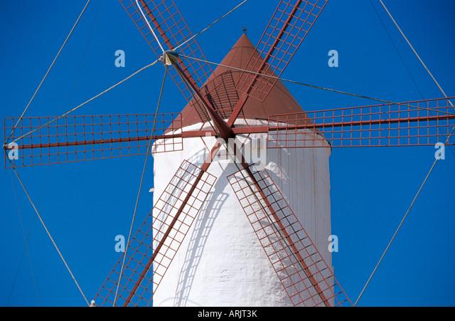 Alte traditionelle Windmühle, Es Mercadal, Minorca (Menorca), Balearen, Spanien, Mittelmeer, Europa Stockbild