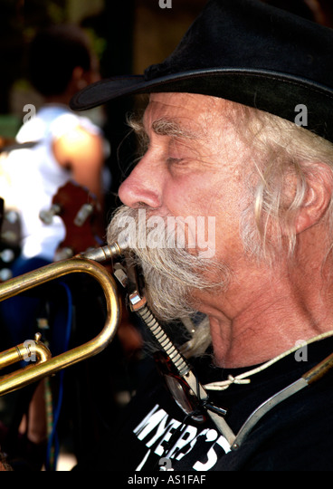 Straßenmusiker Marktplatz Portland Oregon Stockbild