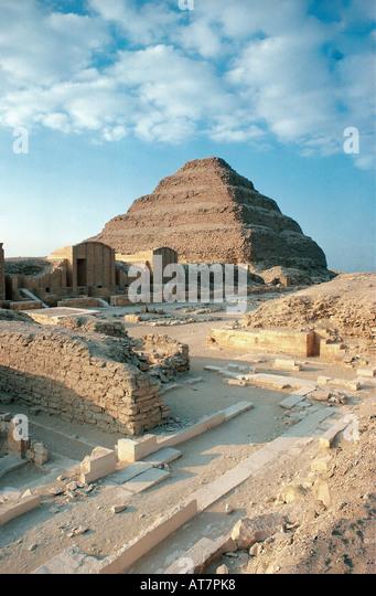 Der Schritt Pyramide von Sakkara in der Nähe von Gizeh und in der Nähe von Kairo Stockbild