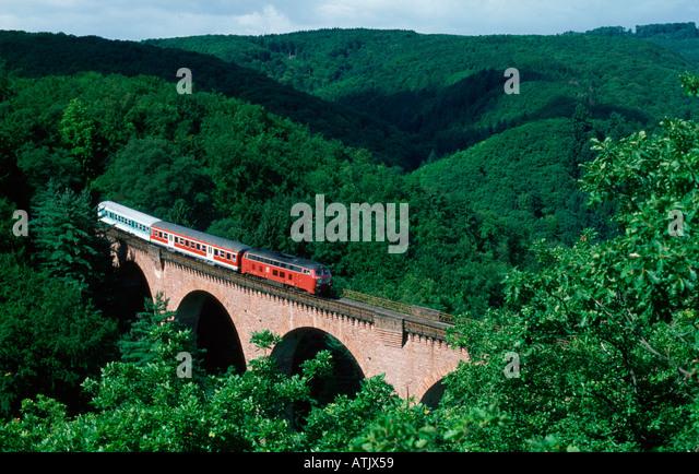 Eisenbahn / Hubertus-Viadukt Stockbild