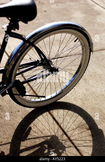 Fahrrad Reifen Schatten Stockbild