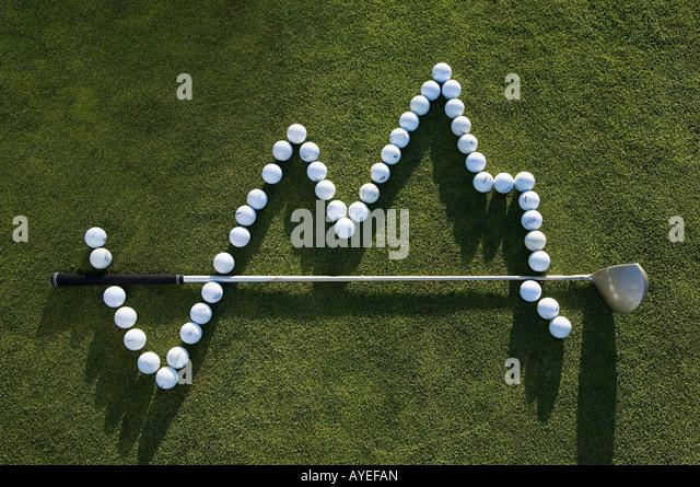 Ein Golfball und einem Golfclub machen ein graph Stockbild