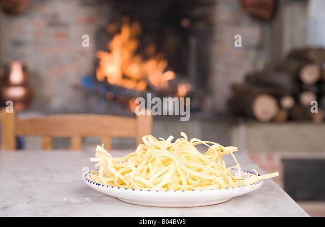 Spaghetti auf dem Teller Stockbild
