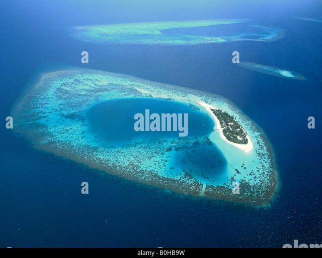 Insel Bathala, Luftaufnahme, Ari Atoll, Malediven, Indischer Ozean Stockbild