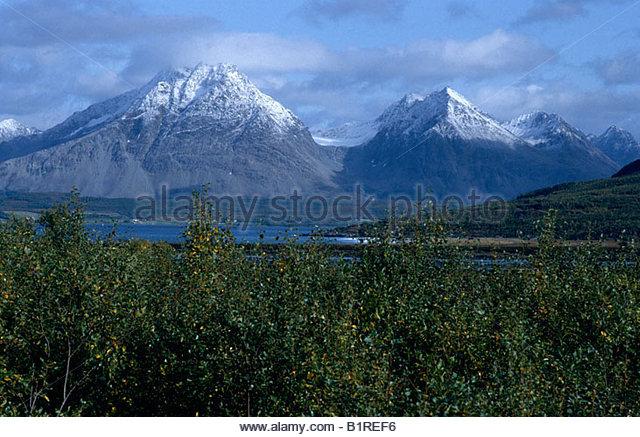 Lyngen - Halbinsel, Neuschnee auf den Lyngen Alpen, Nordland, Norwegen, Skandinavien, Europa Stockbild