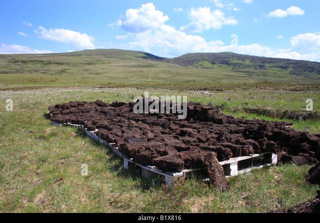 peat blocks stockfotos peat blocks bilder alamy. Black Bedroom Furniture Sets. Home Design Ideas