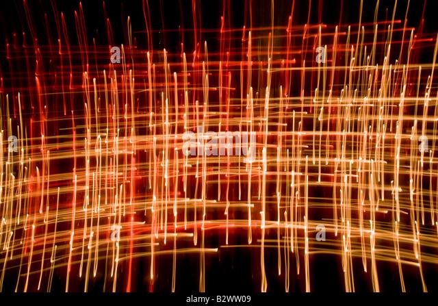 Kerze Flammen abstrakt genommen mit langsamen Verschlusszeit in einer Kathedrale Stockbild