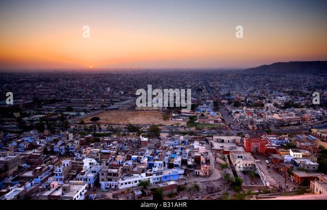 Dämmerung über der Stadt Jaipur, Rajasthan, Indien, Subkontinent, Asien Stockbild