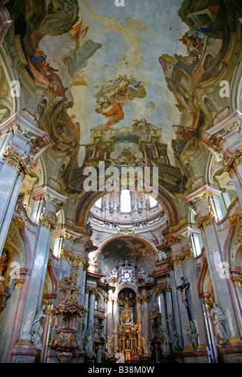 Aug 2008 - Barock-Interieur der St. Nikolaus-Kirche in Mala Strana, Prag Tschechische Republik Stockbild