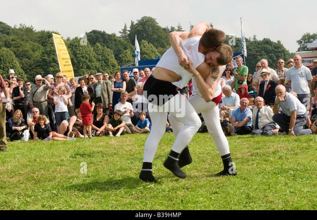Cumberland und Westmorland Wrestling bei einer Landwirtschaftsausstellung in Cumbria Stockbild