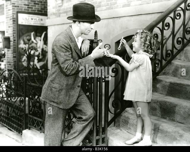 BABY nehmen A BOW 1934 Fox Film war Shirley Temple erste Sterne Fahrzeug Stockbild
