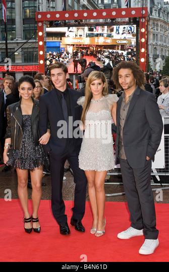 """Die Besetzung von """"High School Musical 3"""" besuchen die UK-Premiere in London Leicester Square Stockbild"""
