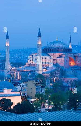 Erhöhten Blick auf Aya Sofya (Hagia Sophia) (Sancta Sophia), UNESCO-Weltkulturerbe in Sultanahmet, Istanbul, Stockbild
