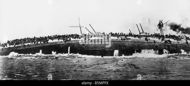9 1915 1 24 A1 1 E Nav Schlacht Helgoland 1915 Blücher sinkt Weltkrieg 1914-18 Krieg auf dem Meer schwere Schlacht Stockbild