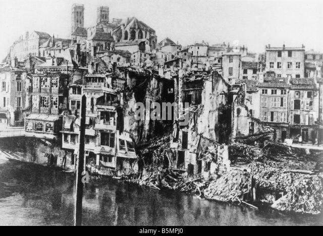 9 1916 2 21 A2 1 E Verdun in Schutt und Asche 1916 Weltkrieg Western Front Schlacht um Verdun 1916 Beginn der deutschen Stockbild