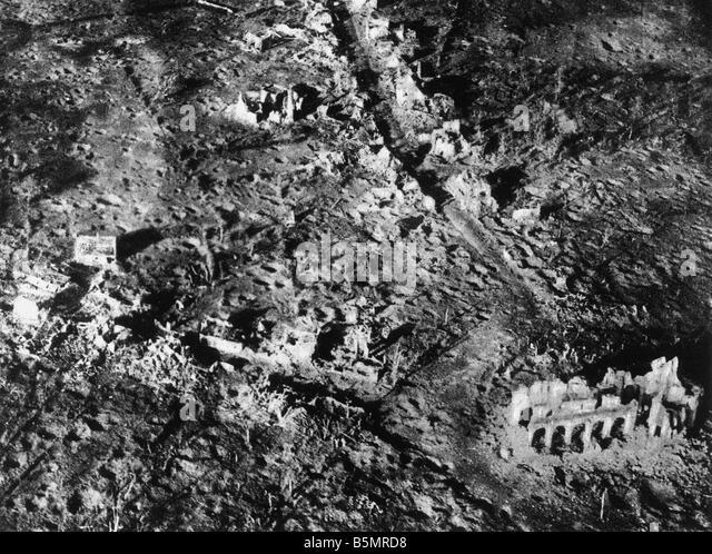 9-1917-11-10 A1 E zerstört Dorf Paschendael 1917 Erster Weltkrieg 1914-18 1 Western Front Schlacht von Flandern Stockbild
