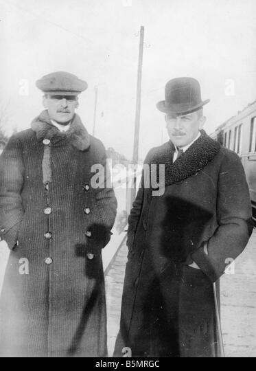 9-1917-12-15 A1 3 Czernin und Kühlmann Foto 1917 Erster Weltkrieg 1914-18 1 Russisch Deutsch Waffenstillstands Stockbild