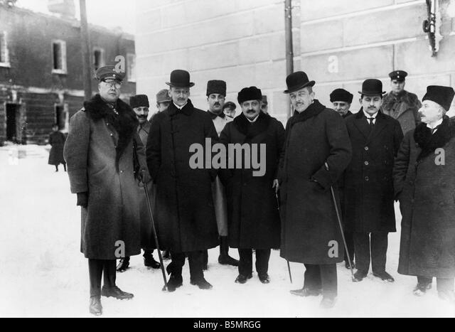 9-1917-12-15 A1 5 Botschafter des zentralen Kräfte 1917 Erster Weltkrieg 1914-18 1 russische deutsche Waffenstillstands Stockbild