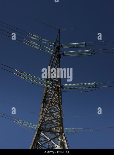 Strom Pylon und Stromkabel in Spanien. Stockbild