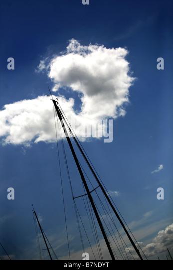 abstrakte Sicht von einem Yachten Mast. Stockbild