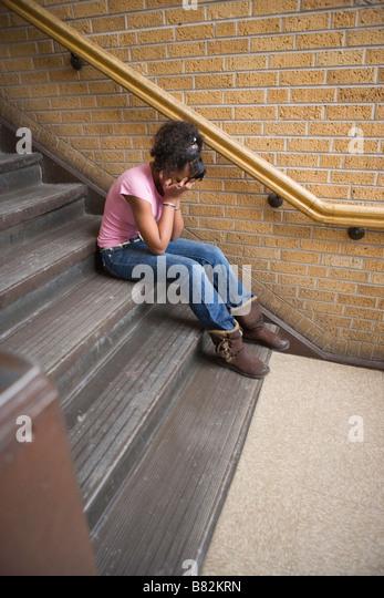 Upskirt Ansichten von Mädchen auf der Treppe