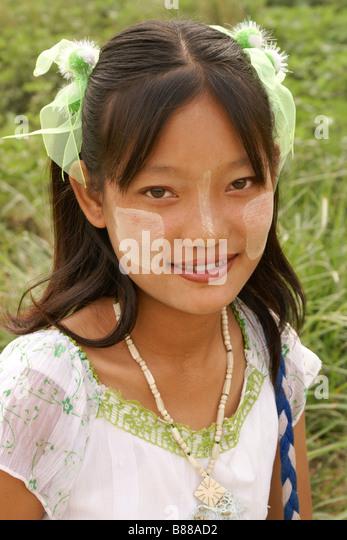 Junges Mädchen in Myanmar (Burma) Stockbild