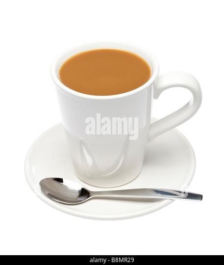 Tasse Kaffee auf der Untertasse mit Löffel auf weißen Ausschnitt Stockbild