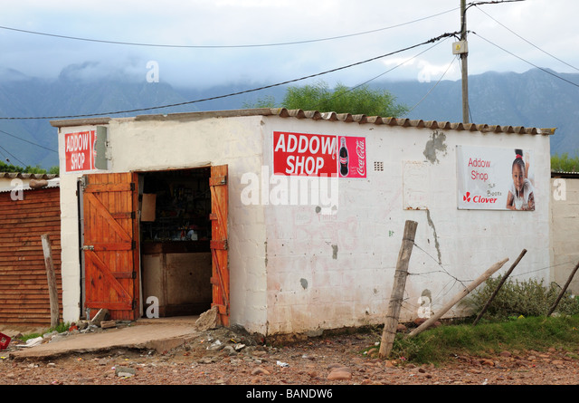 Shop in einem Township Swellendam Südafrika Stockbild