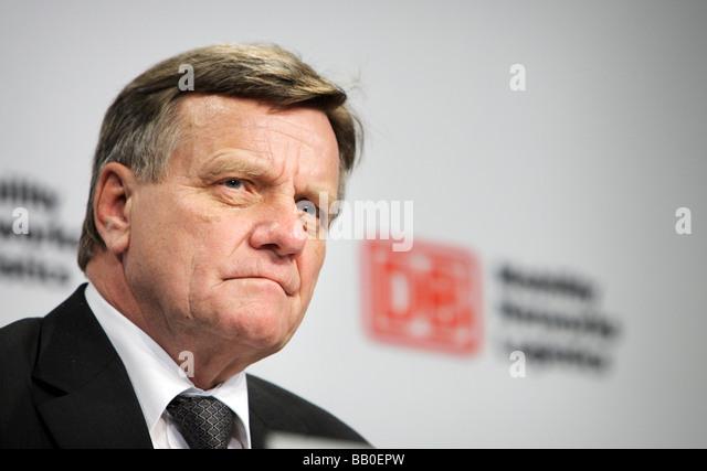 Hartmut MEHDORN CEO der Deutschen Bahn AG auf der jährlichen Pressekonferenz 2009 Stockbild