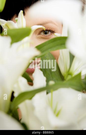 1252759 Menschen hautnah Porträt einer Frau 25 30 Jahre Erwachsene MIME-Freude Lächeln Lächeln Emotionen Stockbild