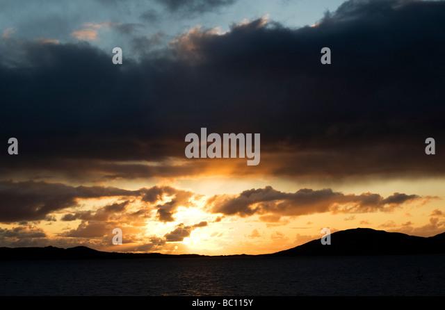 Sonnenuntergang über Sound z., Insel Harris, äußeren Hebriden, Schottland Stockbild