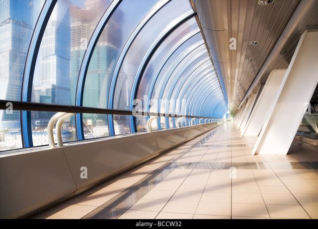 Moderne Brücke innen Weitwinkel Stockbild