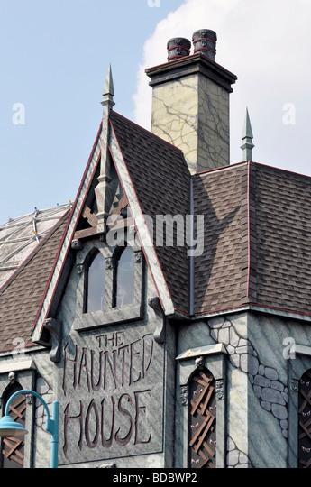 Attraktionen auf dem Clifton Hill, Niagara, Ontario - Haunted House - Stock-Bilder