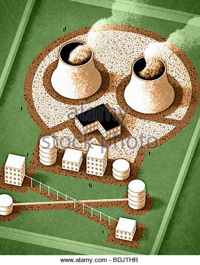 Nukleare Fabrik in Form der Totenkopf Stockbild