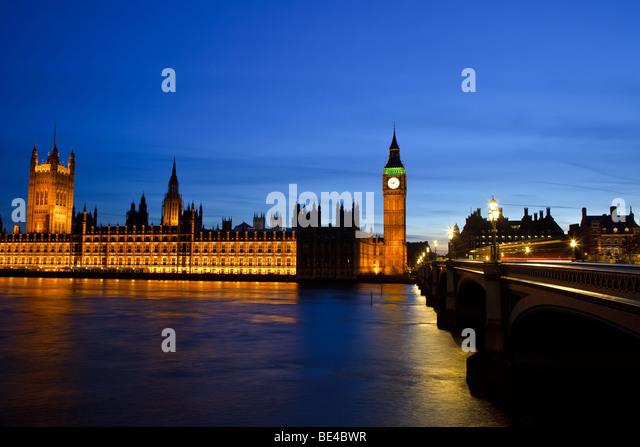 Big Ben und die Houses of Parliament in der Nacht, London, UK Stockbild