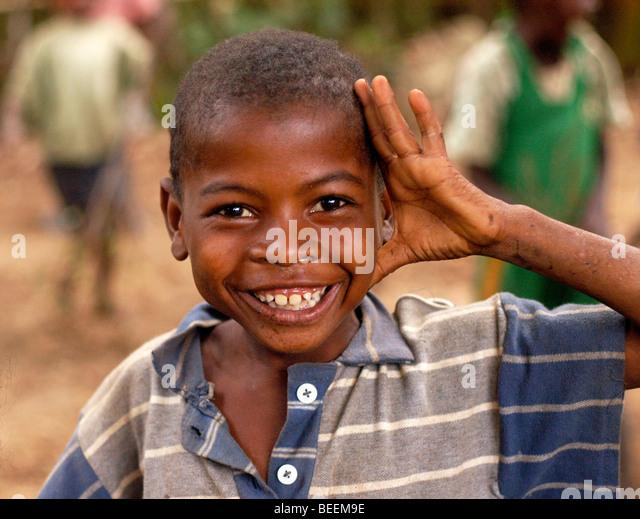 Madagaskar - lächelnden Kind in Ebakika Dorf. Stockbild