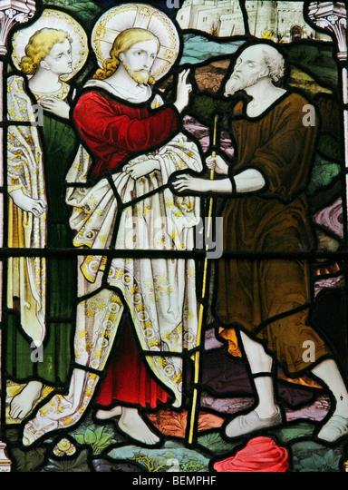 Ein Glasfenster Darstellung Jesus Heilung des blinden, St Mary die Jungfrau Kirche, North Elmham, Norfolk Stockbild