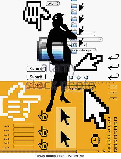 Frau mit Internet-Ikonen im Vordergrund stehen Stockbild