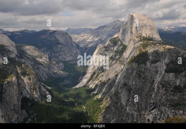 Yosemite National Park-Blick vom Glacier Point Stockbild