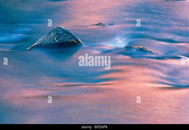 Felsen im Dryberry See, Sioux Narrows, Ontario, Kanada Stockbild