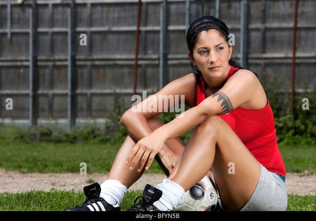Porträt von weiblichen Fußballspieler Stockbild