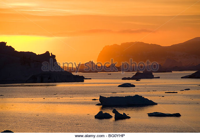 Sonnenaufgang auf dem Eis in der Antarktis Sound, antarktische Halbinsel, Antarktis, Polarregionen Stockbild