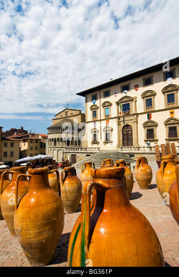 Antiquarische Messe von Arezzo, Piazza Vasari, Arezzo, Toskana, Italien, Europa Stockbild