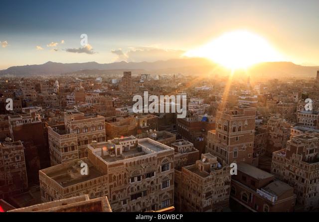 Sonnenuntergang über Sanaa, Jemen Stockbild