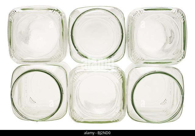Stapel von leeren Glasbehälter auf weißem Hintergrund Stockbild