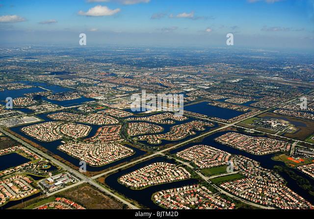 Luftaufnahme der Häuser an der Ostküste Floridas Stockbild