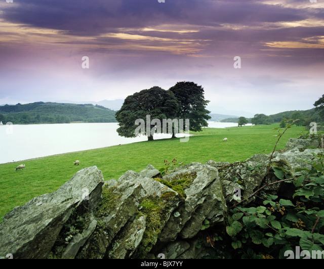 GB-CUMBRIA SEENPLATTE CONISTON WATER Stockbild