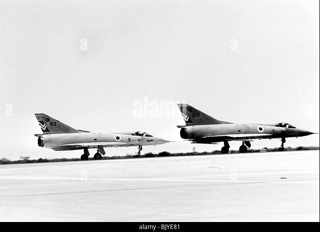 Israelische Luftwaffe Dassault Mirage IIICJ Jagdflugzeug - Archivierung Schwarzes und weißes Bild  - Stock-Bilder