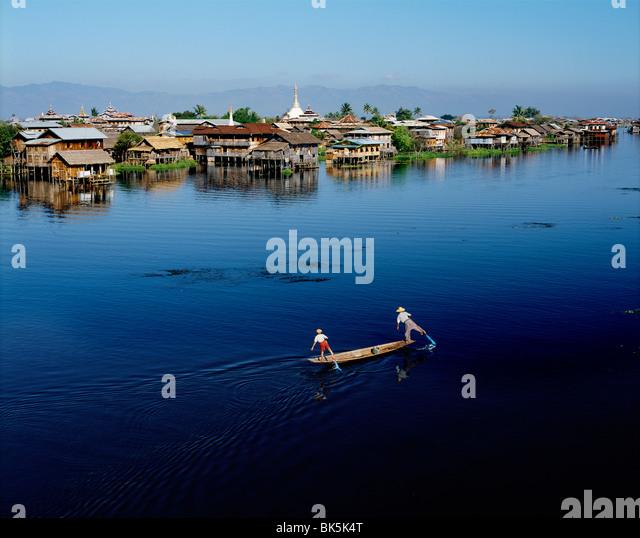 Inle-See und weit entfernten Hügel von Shan Plateaus, Shan State in Myanmar (Burma), Asien Stockbild
