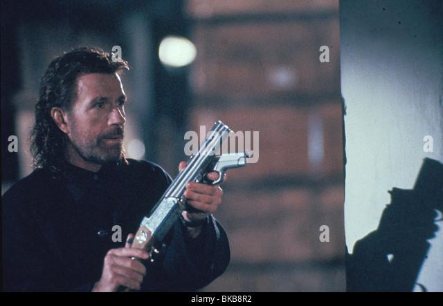 DIE HITMAN -1991 CHUCK NORRIS Stockbild